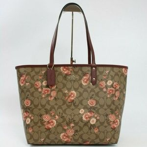 REVERSIBLE CITY TOTE WITH PRAIRIE DAISY CLUSTER